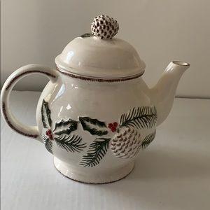EUC Florida Marketplace pine cone Xmas teapot